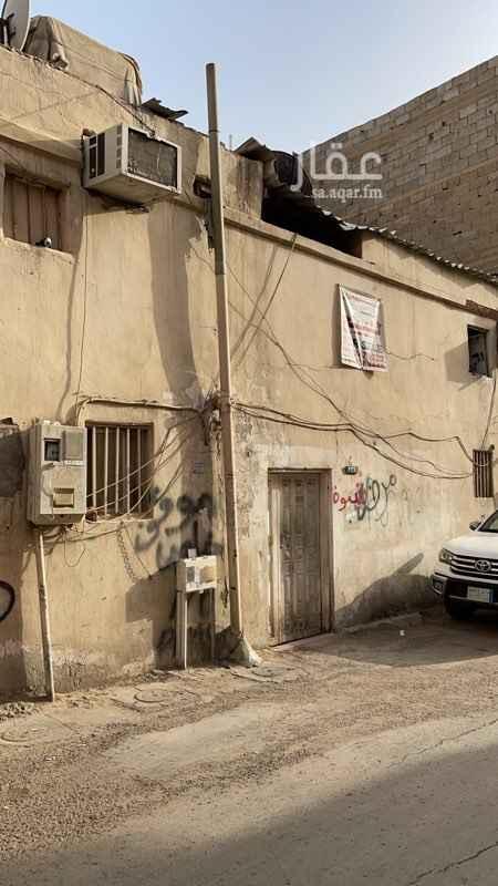 بيت للبيع في شارع الحمران ، حي ثليم ، الرياض ، الرياض