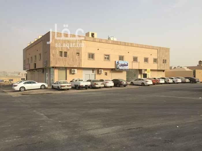 محل للإيجار في شارع الربيع ، حي النرجس ، الرياض ، الرياض