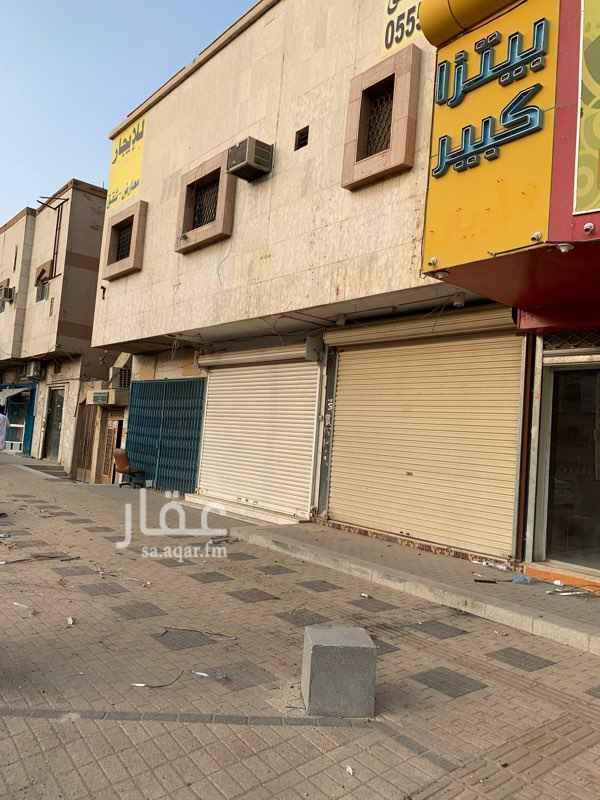 عمارة للإيجار في شارع حمزة بن عبد المطلب ، حي السويدي الغربي ، الرياض