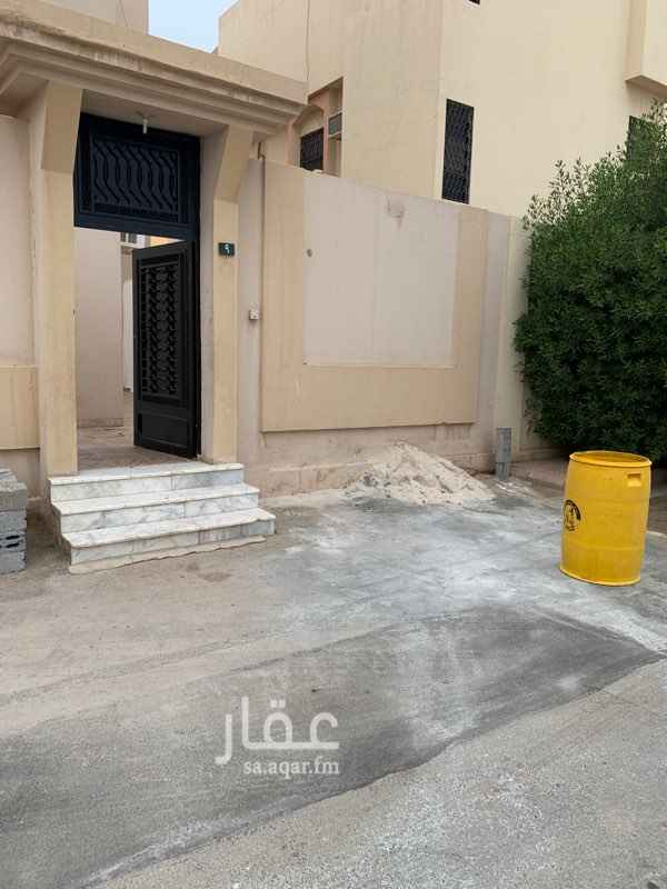 دور للإيجار في شارع مروان بن ابي حفصة ، حي السويدي الغربي ، الرياض