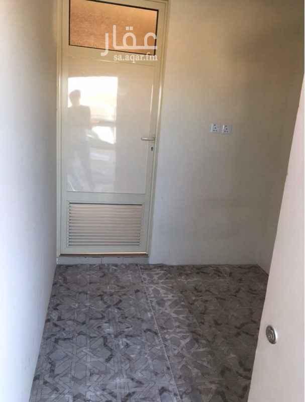 غرفة للإيجار في شارع الربيع ، حي النرجس ، الرياض ، الرياض