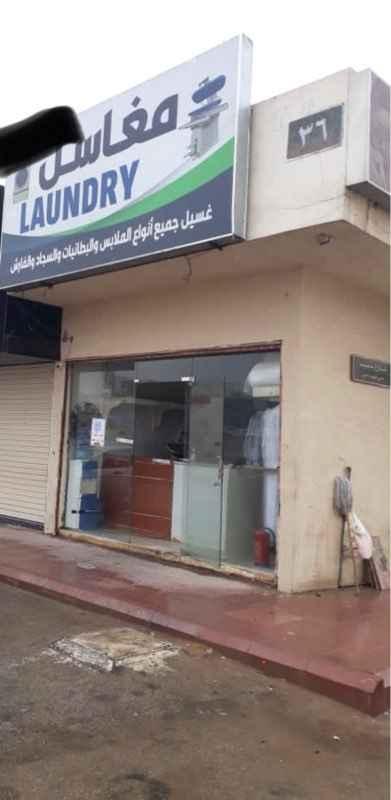 محل للبيع في شارع طيبة ، حي ظهرة لبن ، الرياض ، الرياض