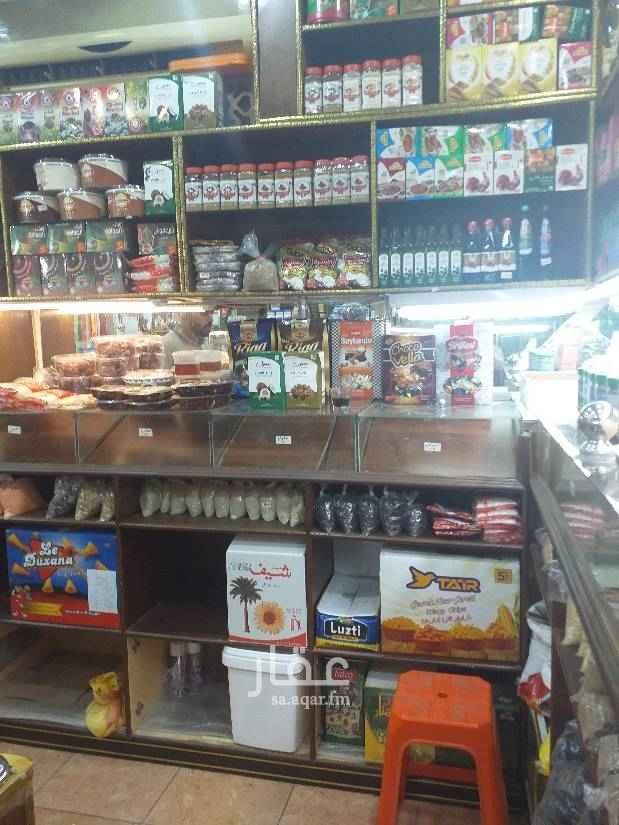 محل للبيع في شارع الزجاجي ، حي المروة ، جدة
