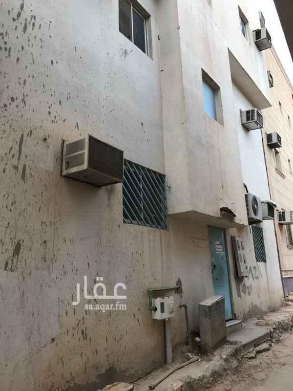 عمارة للبيع في شارع راس مثلثة ، حي ثليم ، الرياض ، الرياض