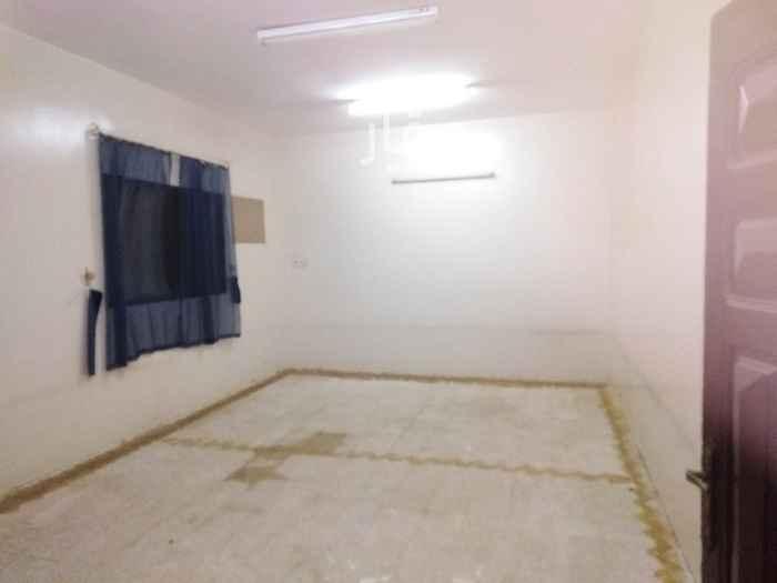 دور للإيجار في شارع الوليد بن عبدالملك ، حي طويق ، الرياض