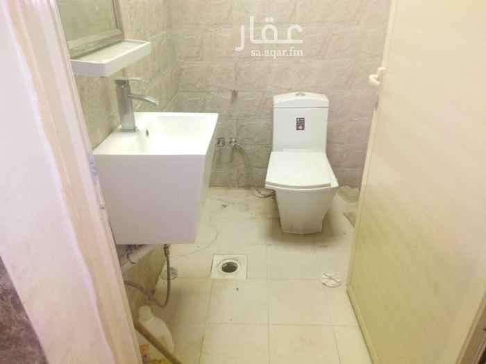 شقة للإيجار في شارع الغرارة ، حي طويق ، الرياض