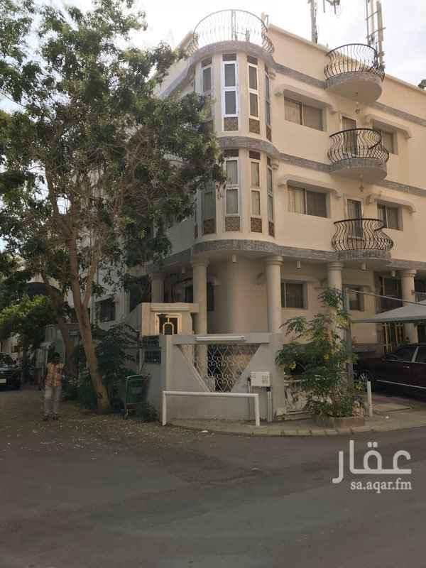 عمارة للبيع في شارع المقدم, حي العزيزية, جدة
