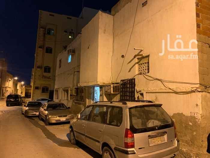 بيت للبيع في شارع علي بن احمد العناني ، حي الورود ، جدة ، جدة