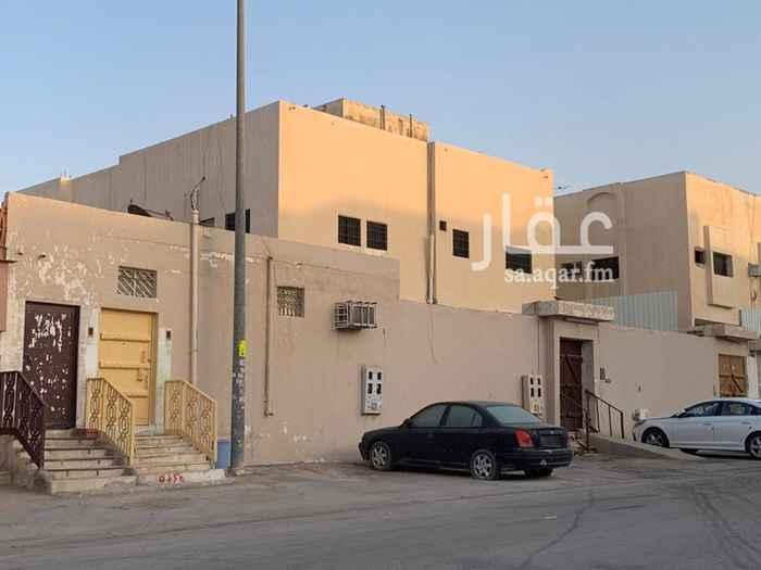 فيلا للبيع في شارع خالد بن ابي عمران ، حي بدر ، الرياض