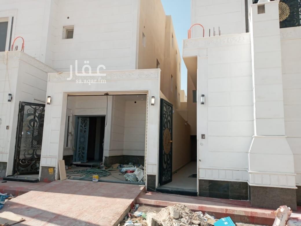 فيلا للبيع في شارع مالك بن الدخشم الخزرجي ، الرياض