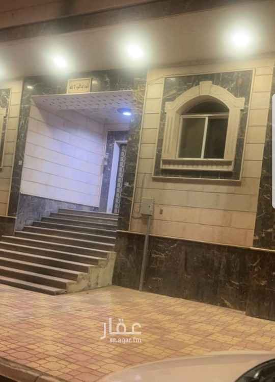 شقة للإيجار في شارع المهندس عمر قاضي ، حي الراشدية ، مكة ، مكة المكرمة