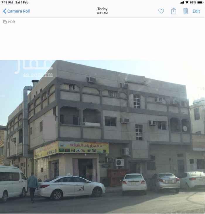 عمارة للبيع في شارع الحادي والعشرون ، حي الثقبة ، الخبر ، الخبر