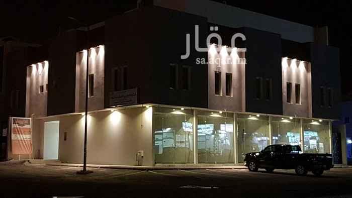 محل للإيجار في شارع ابحر ، حي الملقا ، الرياض