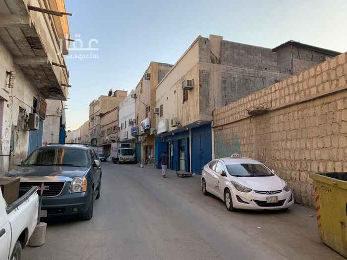 عمارة للبيع في شارع سليمان بن مهران ، حي ثليم ، الرياض ، الرياض