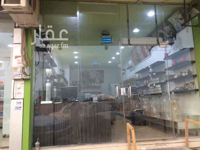 محل للبيع في شارع الطائف ، حي ظهرة لبن ، الرياض