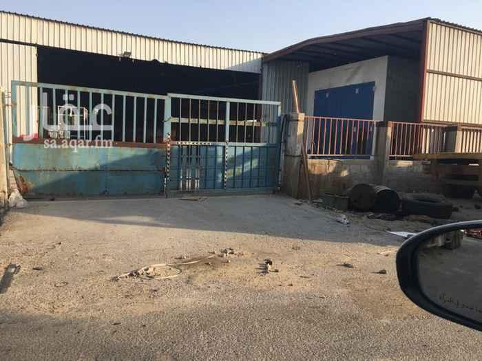 محل للبيع في حي الصناعية ، الدمام