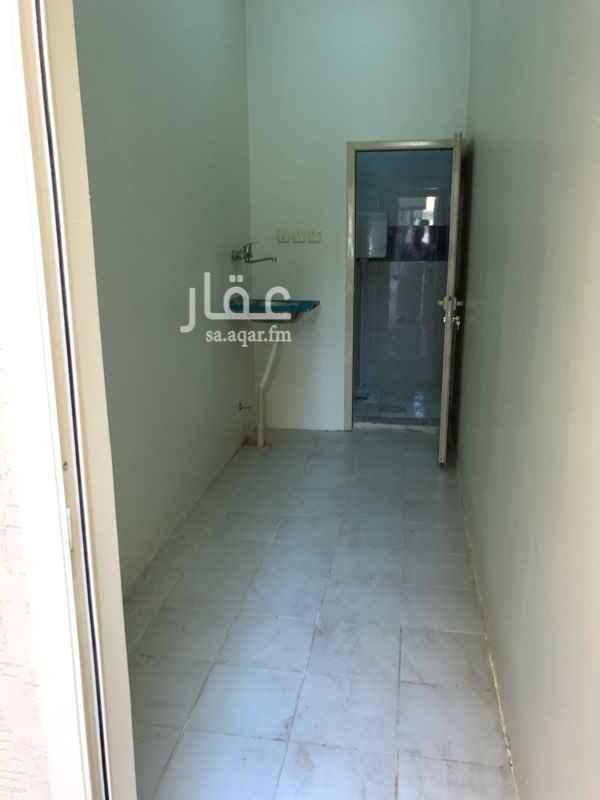 غرفة للإيجار في شارع فروة بن عمرو ، حي المنار ، الرياض