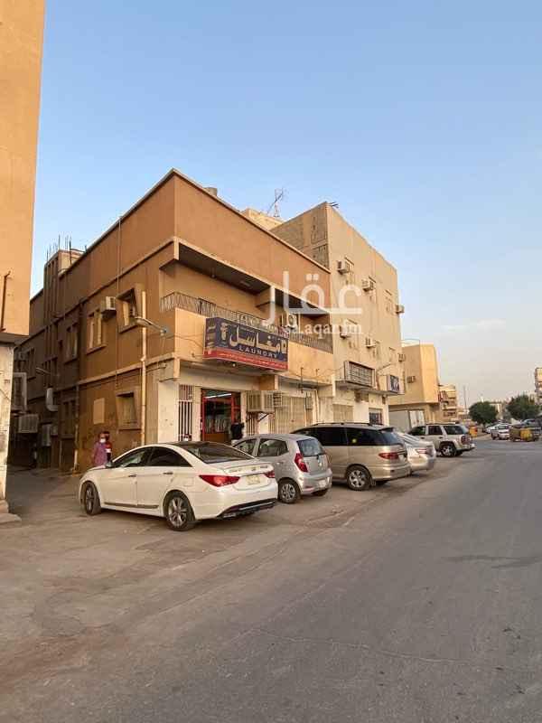 عمارة للبيع في شارع جبل فحيط ، حي منفوحة الجديدة ، الرياض ، الرياض