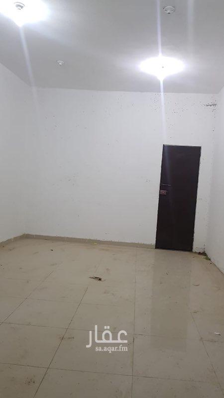 غرفة للإيجار في حي ، شارع الأمير عبدالله بن عبدالرحمن ، حي الدرعية الجديدة ، الدرعية ، الرياض
