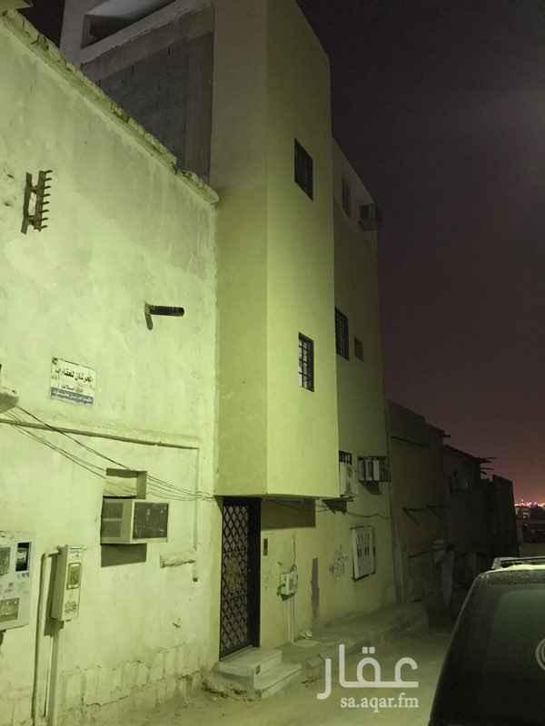 عمارة للبيع في شارع ثابت بن يسار ، حي ام سليم ، الرياض