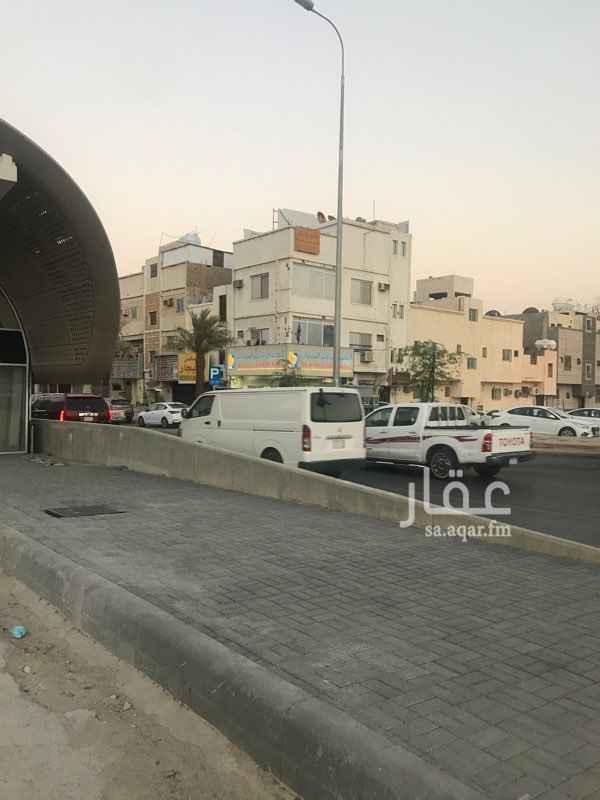 عمارة للبيع في شارع السيل الكبير ، حي الغدير ، الرياض ، الرياض