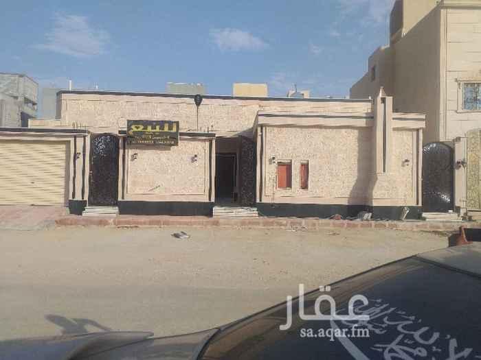 بيت للبيع في شارع عبدالملك بن العباس ، الرياض