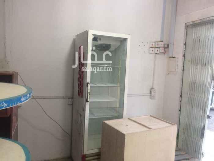 محل للإيجار في شارع السمعاني ، حي الزهرة ، الرياض