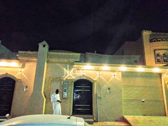 بيت للبيع في شارع ، شارع نجم الدين الأيوبي ، الرياض ، الرياض