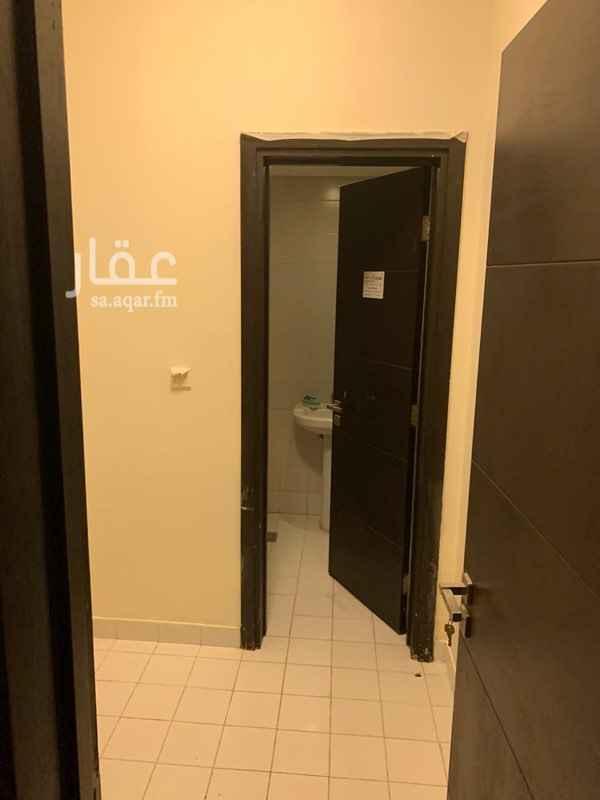 شقة للإيجار في شارع عبدالله بن مرخان ، حي قرطبة ، الرياض ، الرياض