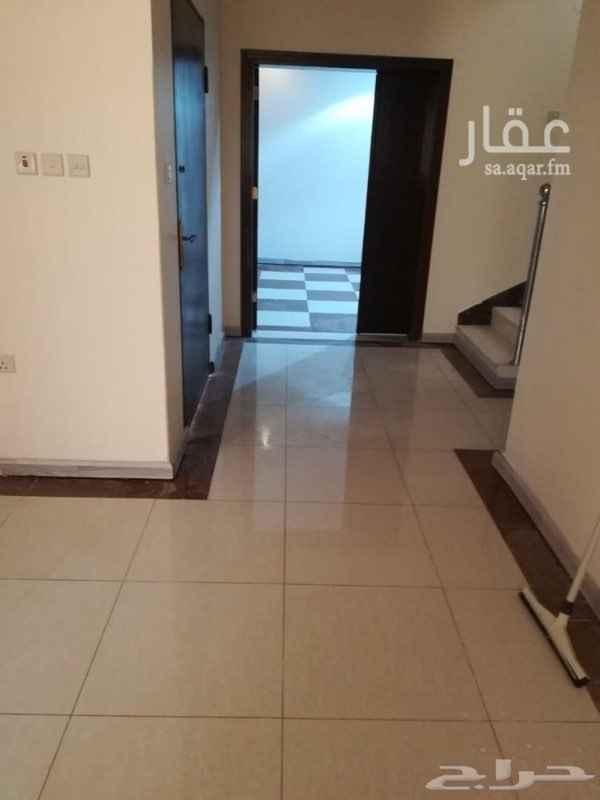 فيلا للإيجار في شارع ذمار ، حي العقيق ، الرياض