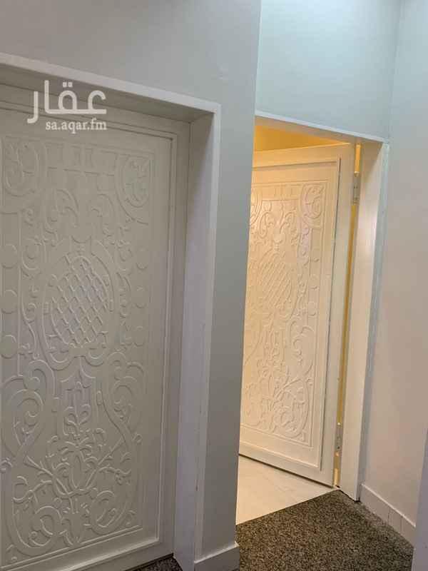شقة للإيجار في شارع ابراهيم بن خالد ، حي العزيزية ، الرياض ، الرياض