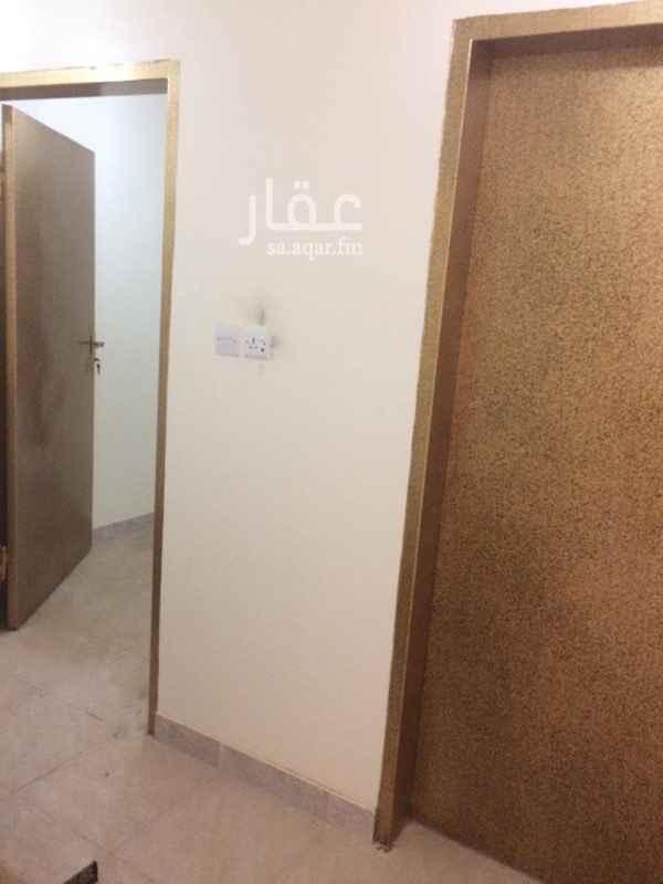شقة للإيجار في شارع الحرفين ، حي العزيزية ، الرياض ، الرياض