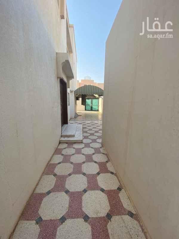فيلا للإيجار في شارع الثامله ، حي الرحمانية ، الرياض ...