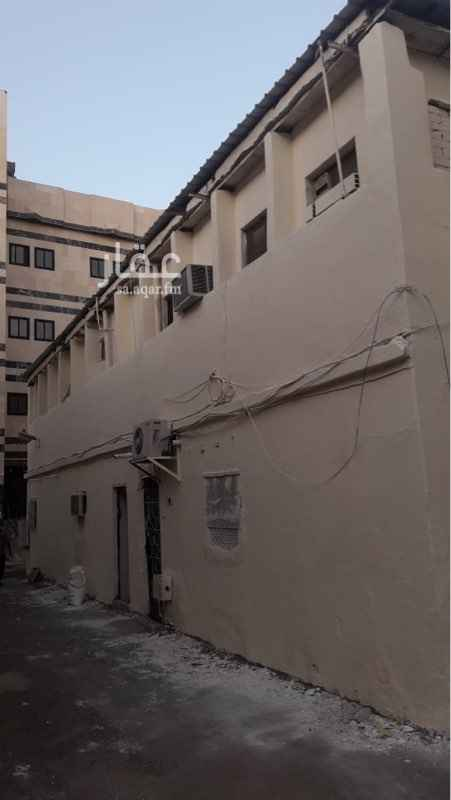 بيت للإيجار في شارع احمد بن عدي ، حي قربان ، المدينة المنورة