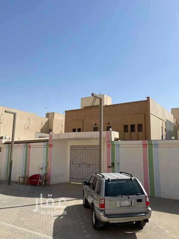 فيلا للإيجار في شارع ابن باد ، حي الريان ، الرياض ، الرياض