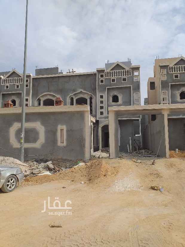 فيلا للبيع في طريق النفود ، الرياض