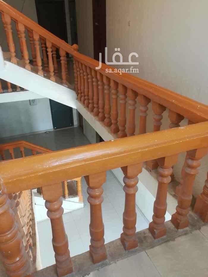 شقة للإيجار في شارع عشباء ، حي الشهداء ، الرياض