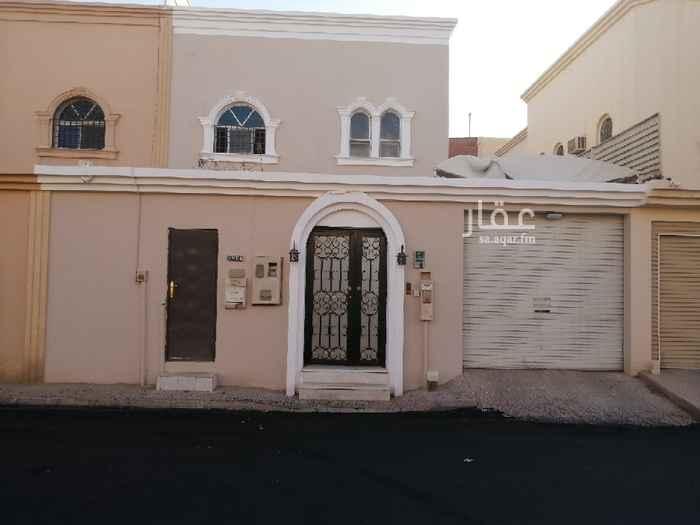 فيلا للإيجار في شارع الأمير مقرن بن عبدالعزيز ، حي النزهة ، الرياض