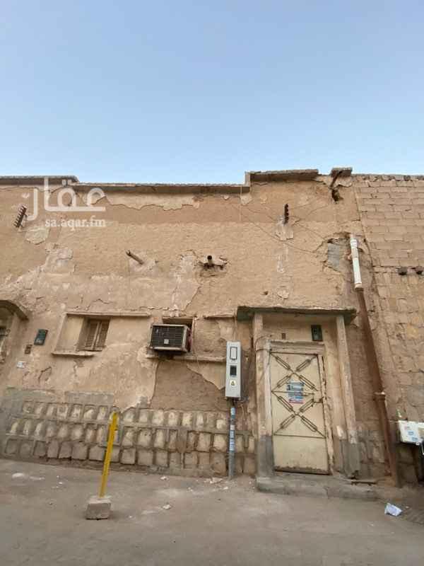 بيت للبيع في شارع الوهدة ، حي منفوحة الجديدة ، الرياض ، الرياض