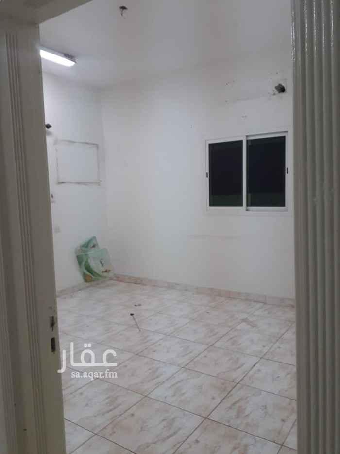 شقة للإيجار في 4786-4812 ، شارع عبد الرحمن الغافقي ، حي القدس ، الرياض