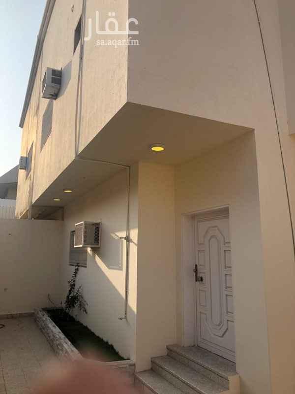 فيلا للإيجار في شارع البدور ، حي الريان ، الرياض