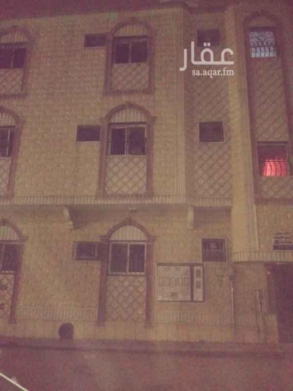 شقة للإيجار في شارع احمد بن فارس, ثليم, الرياض
