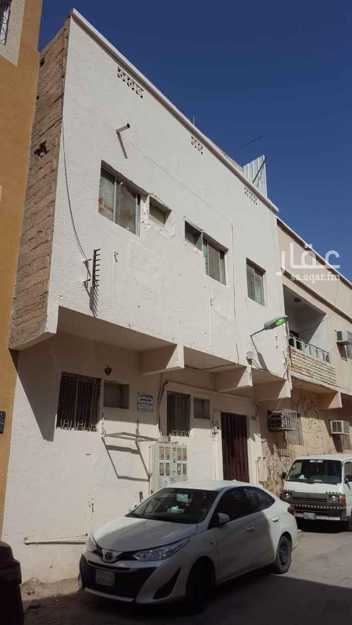 عمارة للبيع في شارع محمود الراجي ، حي عتيقة ، الرياض ، الرياض