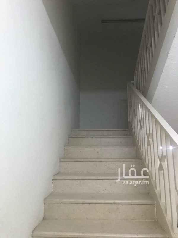 دور للإيجار في شارع مهور ، حي السويدي ، الرياض