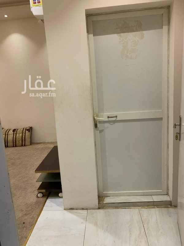 غرفة للإيجار في طريق الملك عبدالعزيز ، حي العارض ، الرياض