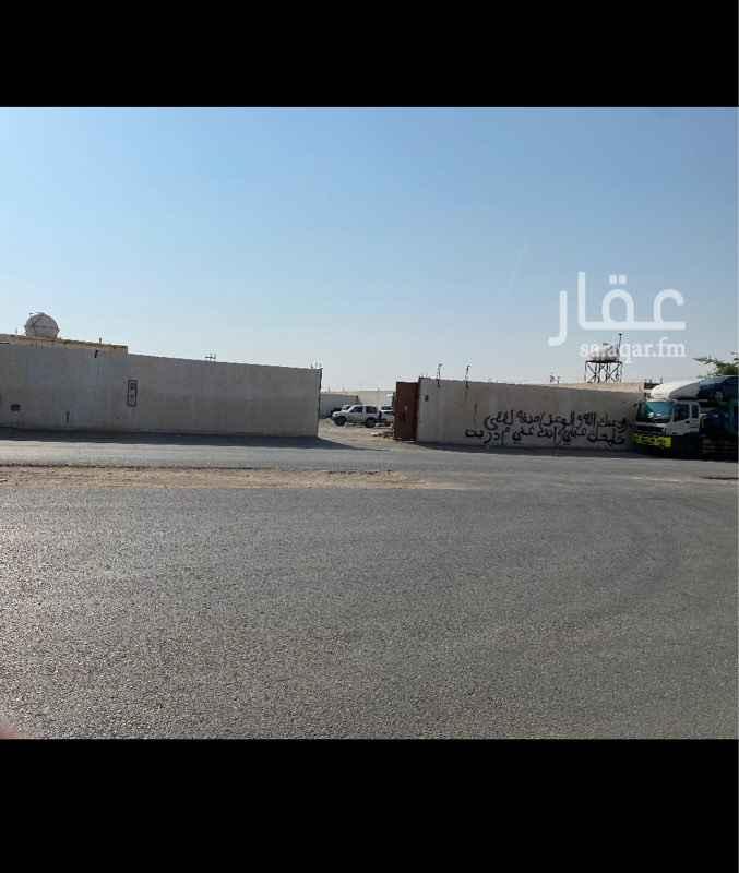 أرض للإيجار في شارع الغرارة ، حي القادسية ، الرياض
