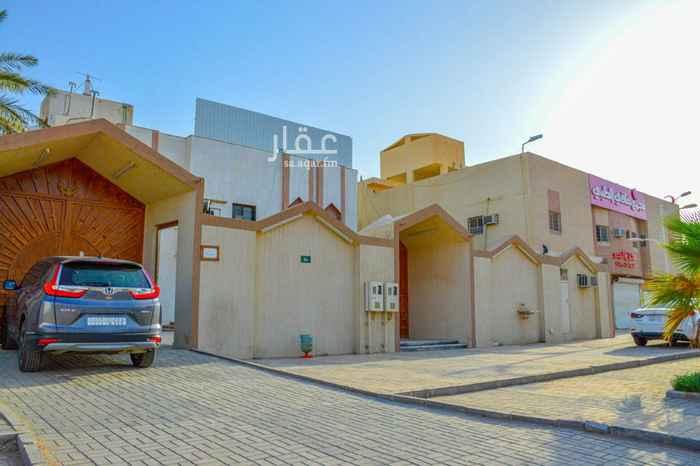 فيلا للبيع في شارع النماص ، حي العزيزية ، الرياض ، الرياض