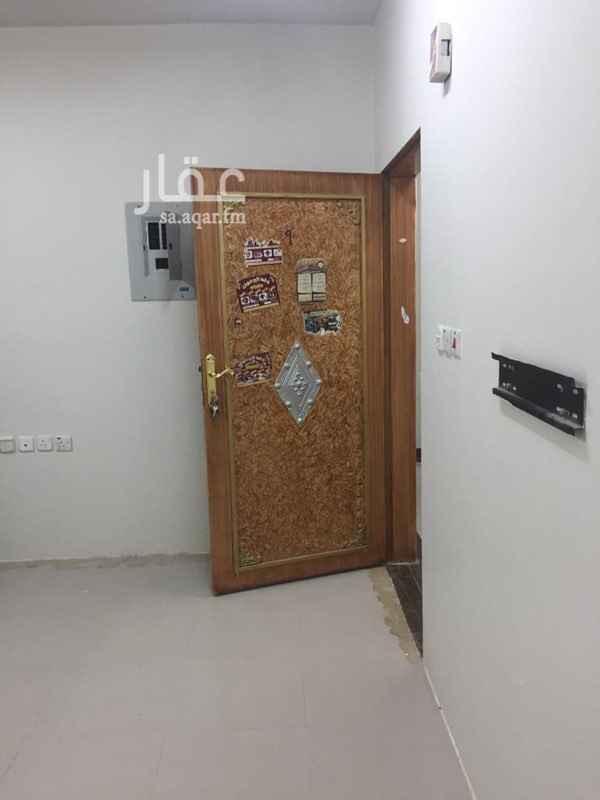 شقة للإيجار في شارع الهواشلة ، حي اليرموك ، الرياض