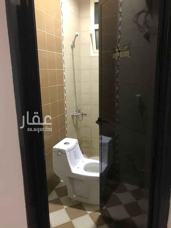 مكتب تجاري للإيجار في شارع الوادي ، حي هجرة لبن ، الرياض ، الرياض