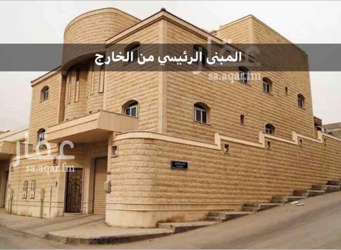فيلا للإيجار في شارع الاميرة سارة بنت احمد السديري ، حي الضباط ، الرياض